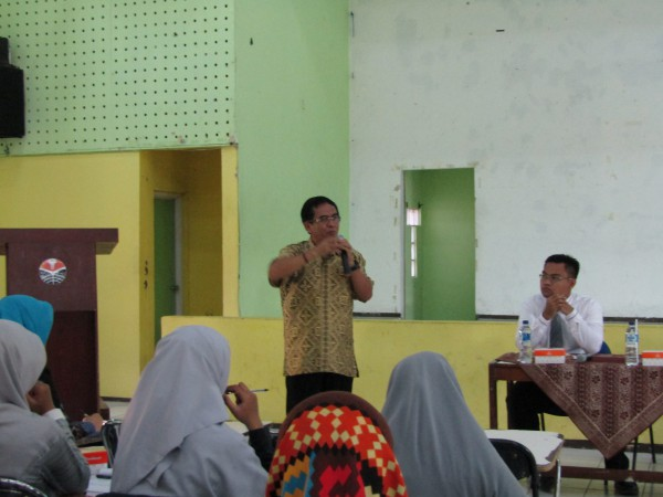 Foto 3 - Workshop Pengembangan Laboratorium PGSD